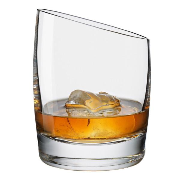 Whiskeyglas schräg