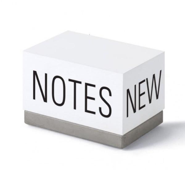 Zettelklotz / Notizhalter NEW NOTES - Beton - Korn Produkte - Ansicht schräg