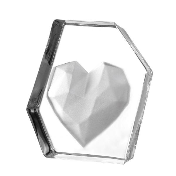 Schlichtes Dekoobjekt aus Glas mit Herz von LEONARDO Design. Herz-Skulptur aus Glas - Modell EMOZIONE - Höhe 14 cm.