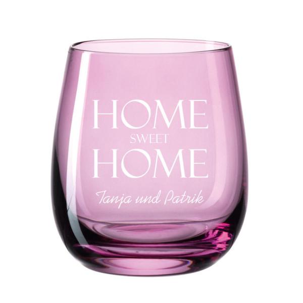Windlicht mit Gravur transparent violett. Bauchiges, graviertes Glas für Teelicht farbig von Leonardo Design. Personalisiertes Windlicht lila.
