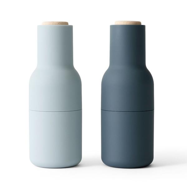 MENU Gewürzmühlen Set BOTTLE GRINDER in blau - graublau. Pfeffermühle / Salzmühle in Flaschenform. MENU Design Gewürzmühlen.