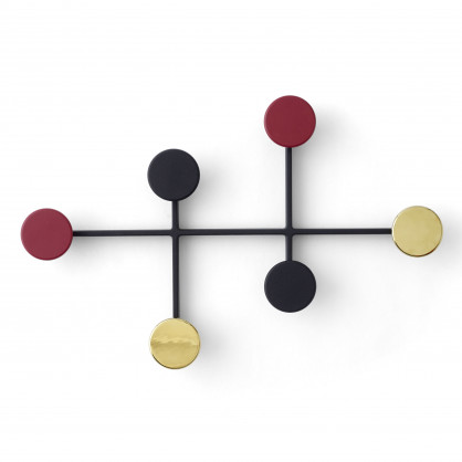 Wandgarderobe Afteroom Messing von MENU Design. Stylische Wandgarderobe mit Dots in gold, bordeaux und schwarz.