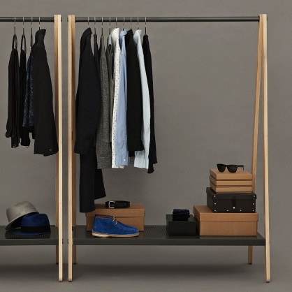 normann copenhagen garderobe toj gro dunkelgrau. Black Bedroom Furniture Sets. Home Design Ideas
