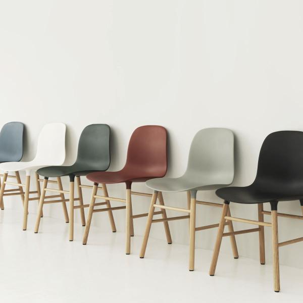 normann copenhagen stuhl form chair eiche schwarz. Black Bedroom Furniture Sets. Home Design Ideas