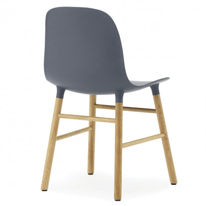 normann copenhagen stuhl form chair eiche blau. Black Bedroom Furniture Sets. Home Design Ideas