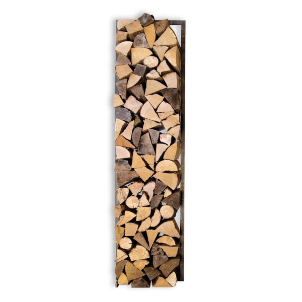 Woodtower groß und klein von Raumgestalt: Brennholzregal in Form eines viereckigen Stahlrahmens - befüllt mit Brennholz.
