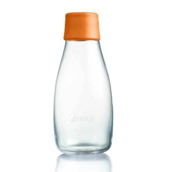 Retap Trinkflasche 0,3l aus Borosilikatglas mit orangefarbenem Deckel.