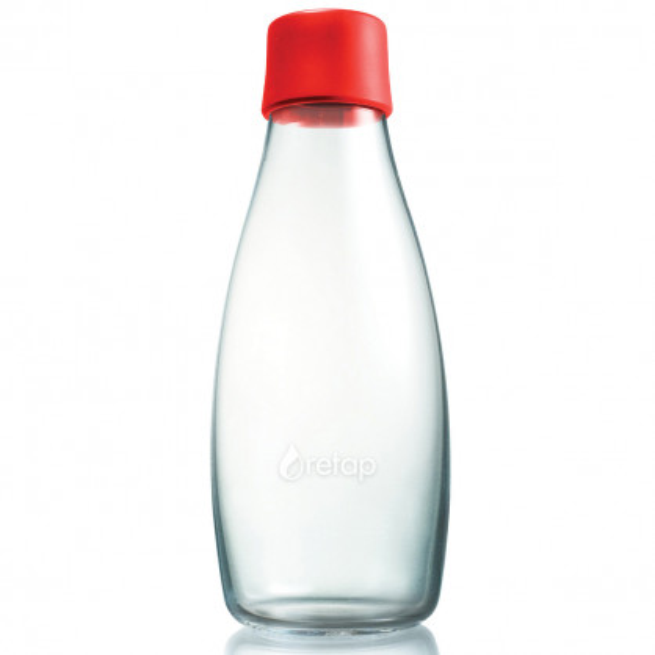 Retap Trinkflasche 0,5l aus Borosilikatglas mit rotem Deckel.
