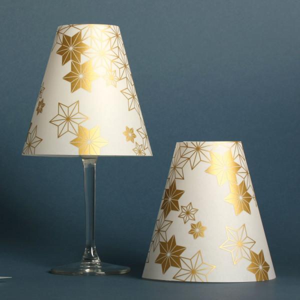 Teelicht Lampenschirme GOLDENE STERNEN HELENE. Lichthülle Sterne gold für Weinglas.