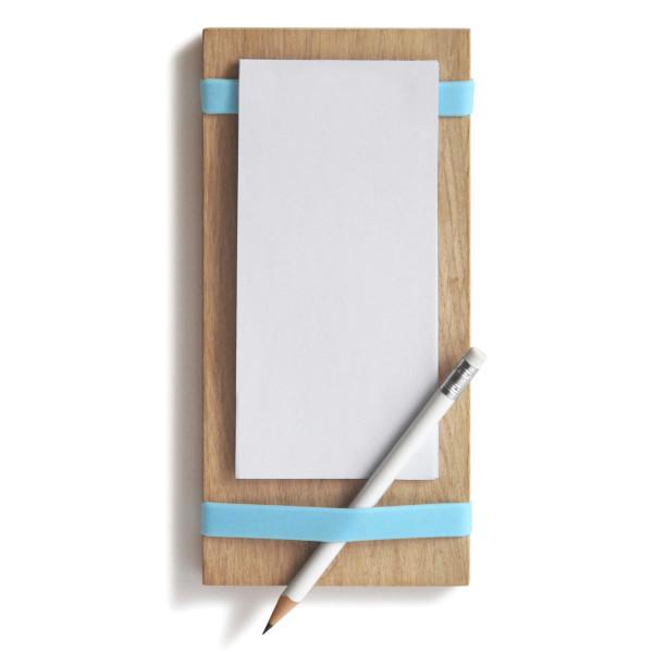 Notizblockhalter Milch, Eier, Butter mit blauen Silikonbändern, Notizzetteln und Bleistift - Frontansicht.