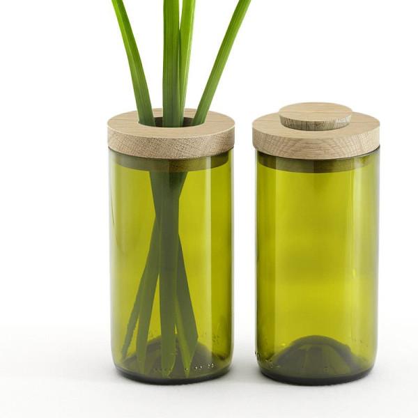 Vase & Dose aus grünem Glas und Eichendeckel von side by side.