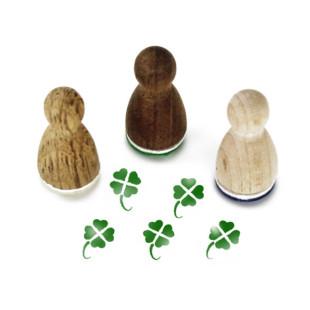 Glück Mini Holzstempel Klee aus der Designmanufaktur Berlin. Der Ministempel mit Glücksmotiv aus der Serie Stemplino.
