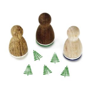 Mini Holzstempel Tanne aus der Designmanufaktur Berlin. Der Ministempel mit weihnachtlichem Tannenbaum-Motiv aus der Serie Stemplino.