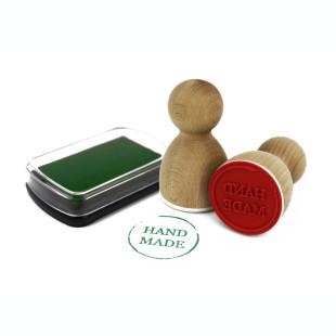 Einfaches Stempelkissen in grün mit hochwertiger Pigment Farbe. Die Farbe ist säurefrei, ungiftig und sorgt für ein schönes Stempelbild.