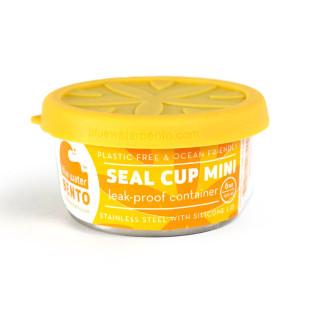 SEAL CUP MINI aus Edelstahl von ECOlunchbox. Kleine, rund Lunchdose mit gelben Silikondeckel. Nachhaltige Lunchdose.