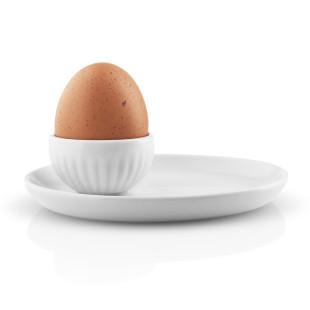 Weißer Porzellan Eierbecher mit Unterteller - Eva Trio LEGIO NOVA Serie von Eva Solo.