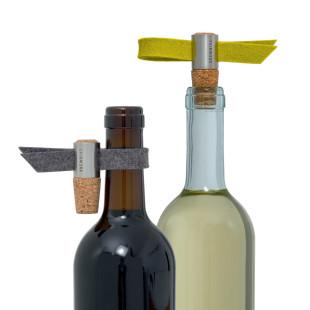 Weinstöpsel und Tropfenfänger Kork - Filz anthrazit und limone - von FAIRWERK Design