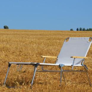 Fiam Amigo 40+ Sonnenliege mit Armlehne aus Holz vom Hersteller FIAM - Made in Italy!