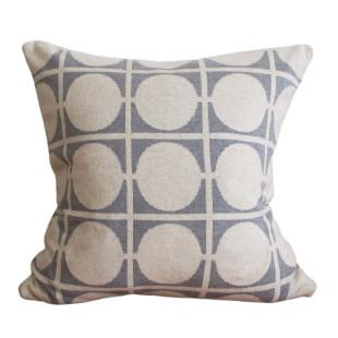 Kissenbezug DON grau mit Kreismuster vom skandinavischen Designlabel Funky Doris. Strickkissen / Zierkissen / Sofakissen ... light grey - Baumwolle.
