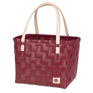 Geflochtene Henkeltasche Color Block burgundy. Shopper dunkelrot bordeaus von Handed By. Einkaufstasche, Einkaufskorb, Tasche, ... Kunststoff geflochten mit Ledergriff.