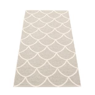 Teppichläufer KOTTE linen grau / cremeweiß Pappelina. Wendeteppich Fischschuppen Muster. Design Kunststoffteppich.