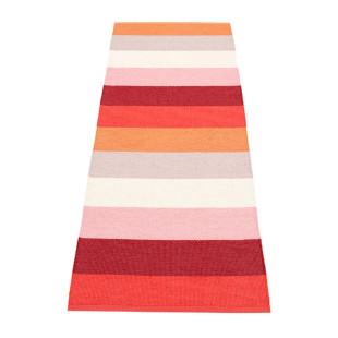 Gestreifter Teppichläufer MOLLY orange/rot Pappelina. Teppich SUNSET mit breiten Streifenmuster. Teppich Kunststoff In- und Outdoor.