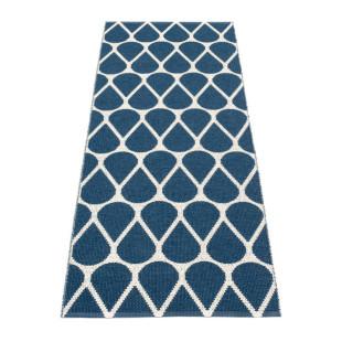 Teppichläufer OTIS 140 x 70 cm dunkelblau von Pappelina. Kunststoff Wendeteppich mit Tropfenform-Motiv. Teppich für draussen & drinnen.