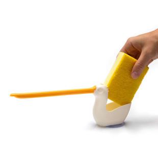Halter für Putzschwamm und Küchentuch: PELIX von Peleg Design. Der originelle Schwammhalter für die Küche.