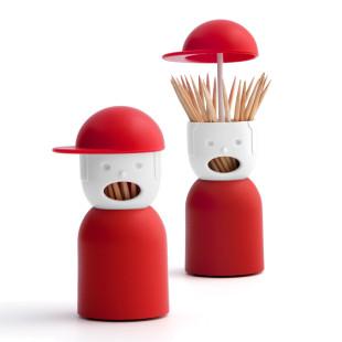 Zahnstocherspender von QUALY Design: Picky Boy hilft, wenn mal wieder etwas zwischen den Zähnen hängt. Mütze hochheben und Zahnstocher entnehmen.