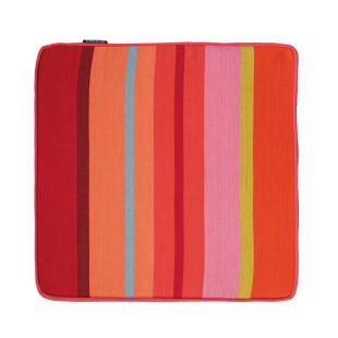 Farbenfrohes, quadratisches Sitzkissen KRETA 40 x 40 cm rot bunt gestreift - Sitzauflage von Remember Design.