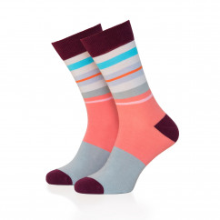 Cooler Ringelsocken bunt Gr. 41-36 von Remember Design. Fashionsocken, bunt gestreifte Design Socken #21.
