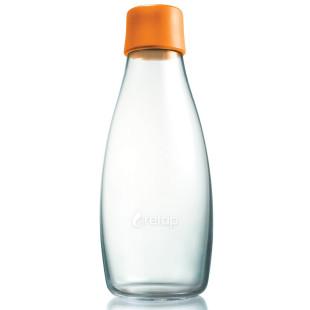 Retap Trinkflasche 0,5l aus Borosilikatglas mit orangefarbenem Deckel.