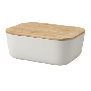 Die hellgraue Butterdose von Rig-Tig by Stelton besteht aus BPA-freiem Melamin mit Deckel aus Bambus serviert stilvoll ihre Lieblingsbutter.