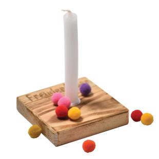 Nachhaltiges Upcycling Licht - Freudenfeuer - von Wunderle. Geburtstags Kerzenlicht ... - Kerzenständer aus Palettenholz, hergestellt in Werkstätten für behinderte Menschen.