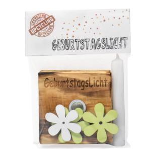 Nachhaltiges Upcycling Licht - Geburtstagslicht - von Wunderle. Kerzenständer aus Palettenholz, hergestellt in Werkstätten für behinderte Menschen.