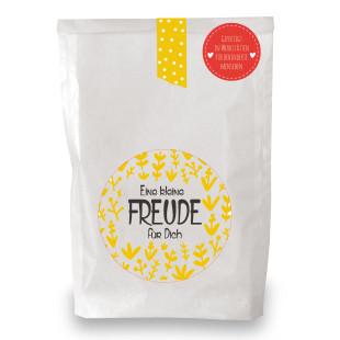 Eine kleine Freude für Dich Geschenktüte von Wunderle - weiße Papiertüte, befüllt mit netten Kleinigkeiten für sonnige Momente