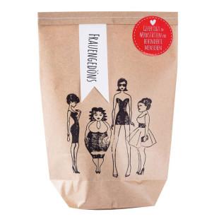 Wundertüte Frauengedöns von wunderle! Braune, handgestempelte Wundertüte für Frauen, befüllt mit Kleinigkeiten.