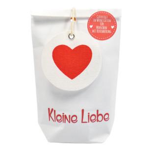 Kleine Liebe Geschenktüte von Wunderle - weiße mini Papiertüte, befüllt mit liebevollen Kleinigkeiten