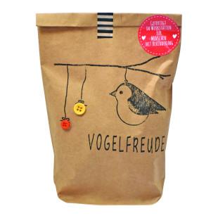 Braune Wundertüte / Geschenktüte für Vogelfreunde. Vogelfreude Tüte von wunderle. DIY Vogelfutterknödel / Meisenknödel in der Geschenktüte.