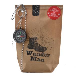 Wander Man Wundertüte von Wunderle. Kleine Survival Überraschung für Ihn! Männer Geschenktüte Wandern.