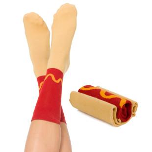 Hotdog Socken von doiy design. Hotdog Socks - coole und ausgefallene Fashionsocken.