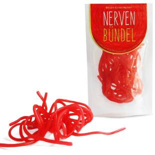 liebeskummerpillen Nervenbündel: rote Fruchtgummischnüre mit Erdbeergeschmack in kleinem Kunststoff-Tütchen.