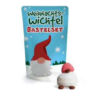 Wichtel Bastelset von liebeskummerpillen. Kleine Süßigkeitentüte zum Basteln von leckeren Weihnachtswichteln.