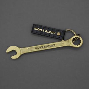 Schraubenschlüssel Flaschenöffner gold von luckies design. Cooler Gabelschlüssel Bieröffner mit Schlüsselring und Branding.