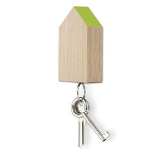 Schlüsselhaus magnetic aus Eiche mit hellgrünem Dach von side by side.