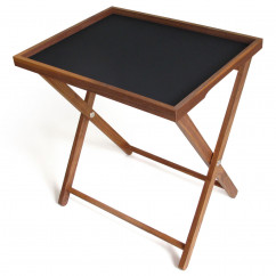 Tablett Basic L mit Rahmen aus Nussbaumholz und schwarzer Antirutsch-Beschichtung von side by side - auf Untergestell.