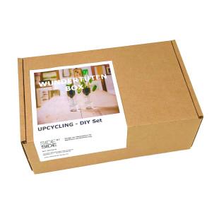 Wundertüten Geschenkbox UPCYCLING DIY SET von side by side Design. Geschenkbox, produziert in den Caritas Wendelstein Werkstätten - Behindertenwerkstatt.