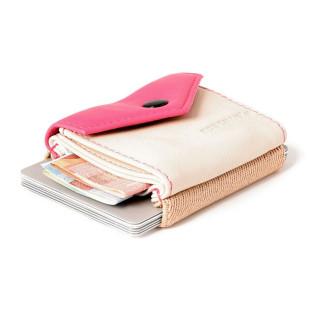 Mini Geldbeutel aus Echtleder - Modell Space Wallet PEAK tokyo - Kleine Geldbörse aus Leder in pink und beige.